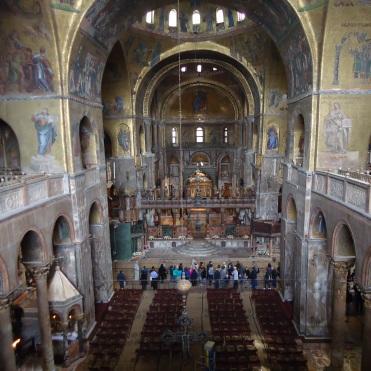 Interior da Basílica
